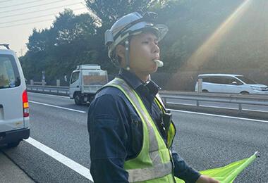 11:30 交通監視